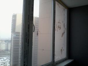 грязное окно после ремонта